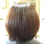 ホームカラーを月1繰り返してバサバサになってしまった髪の毛に!